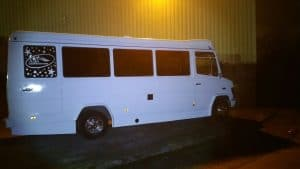 24 seater mercedes coach