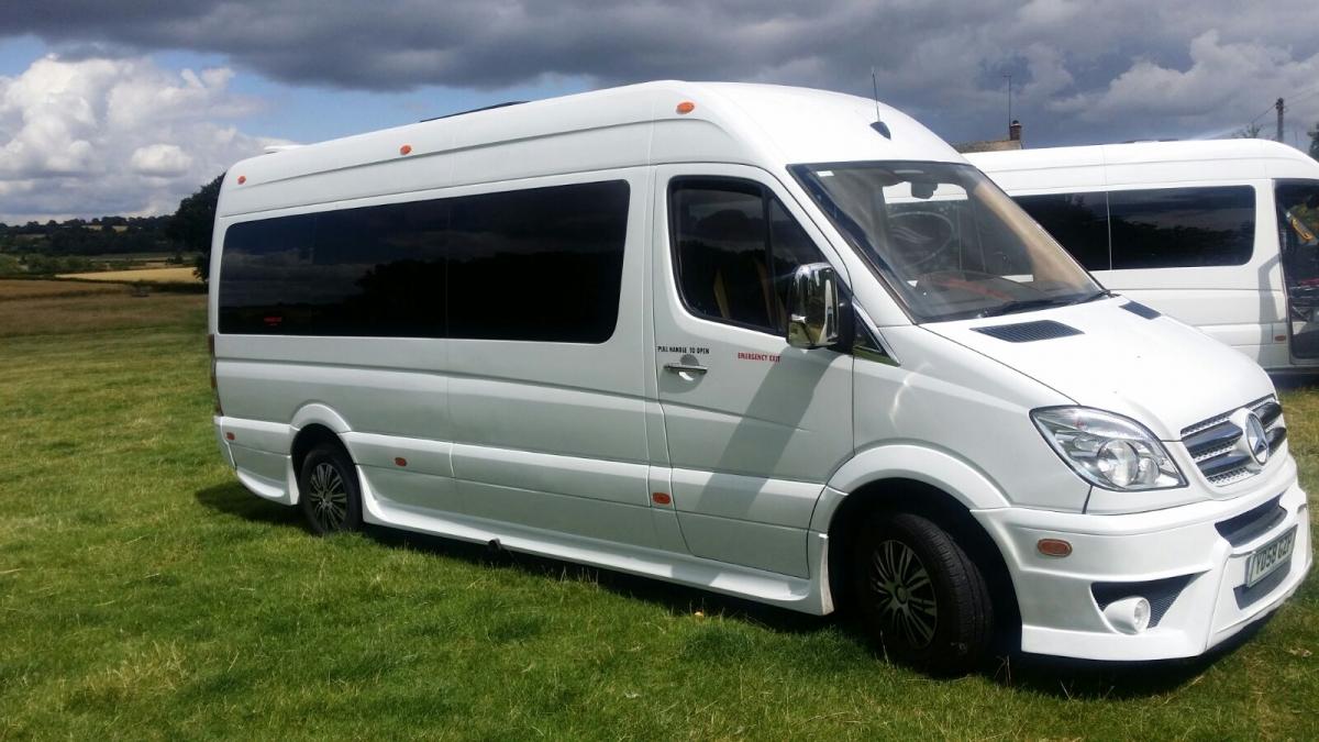 Luxury  table bus