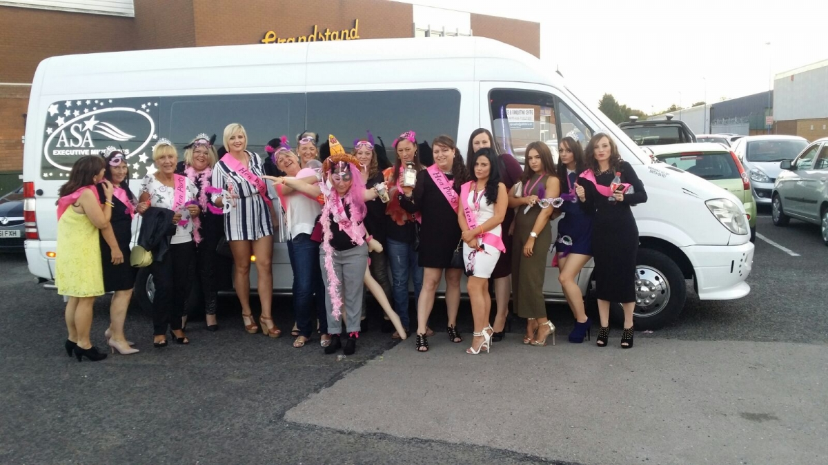 Minibus Hire Birmingham  for Party